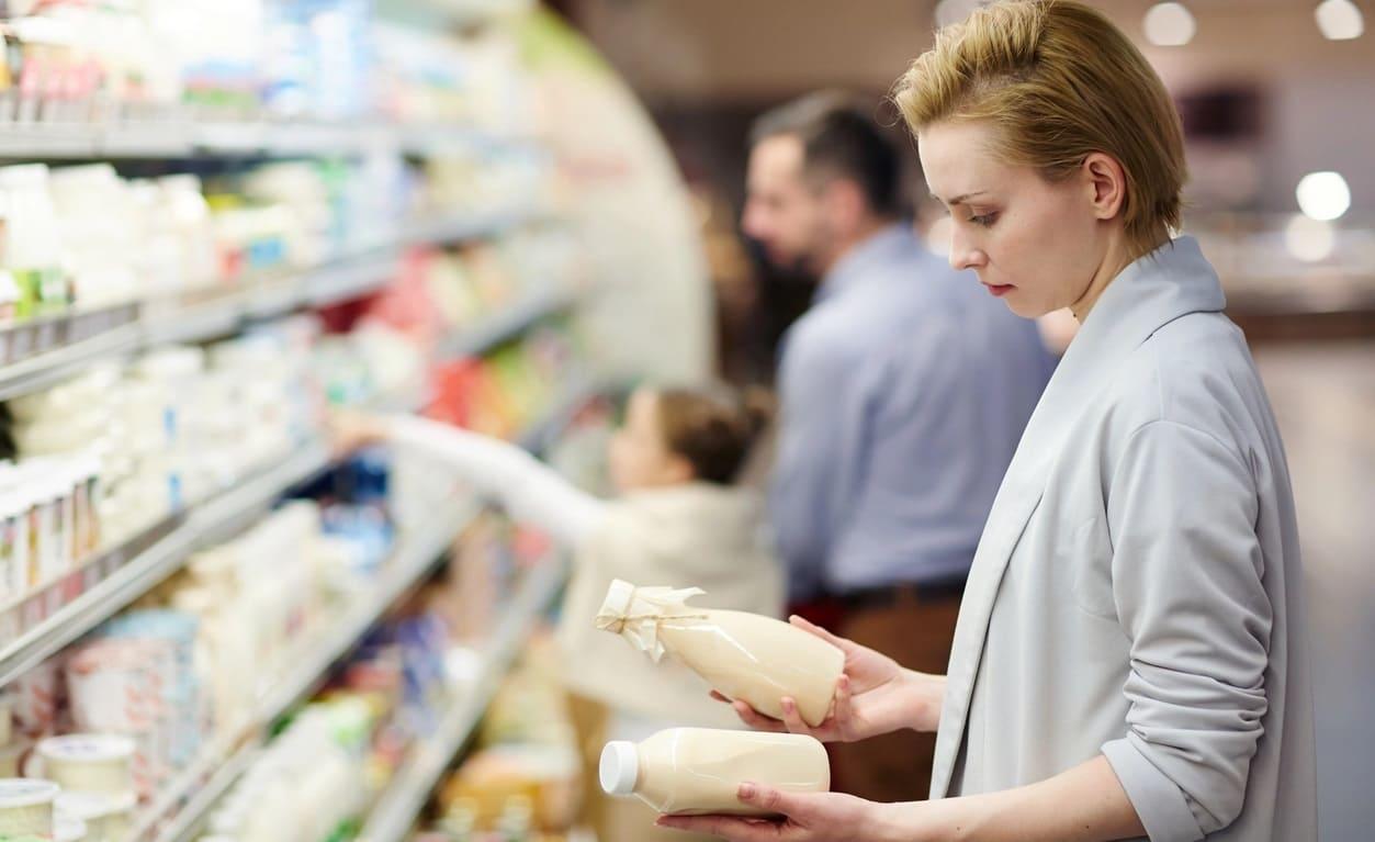 Кто осуществляет и контролирует защиту прав потребителей